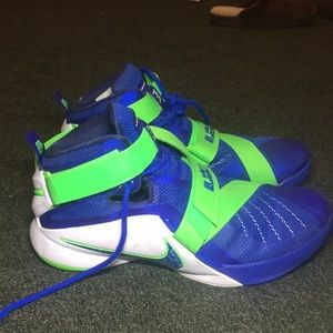 Nike Shoes - Nike LeBron Soldier 9s Sprite edition